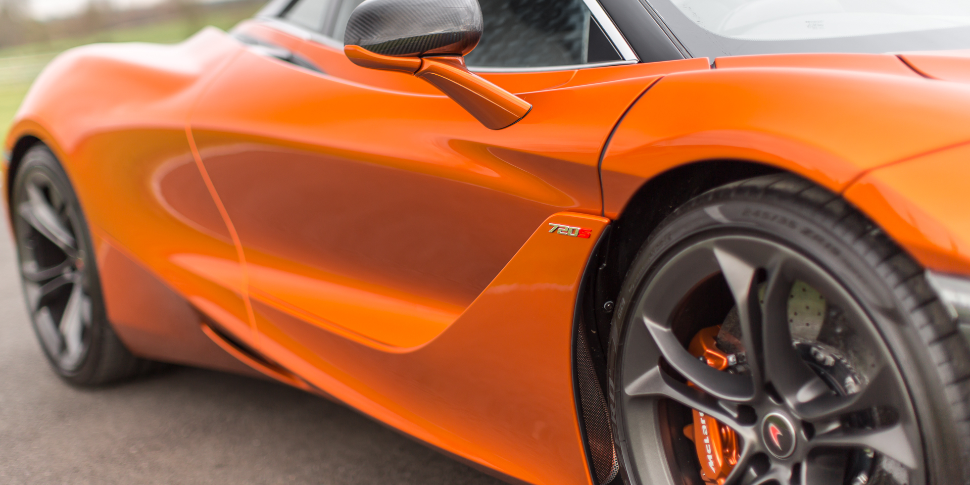 McLaren 720S Luxury Azores Orange
