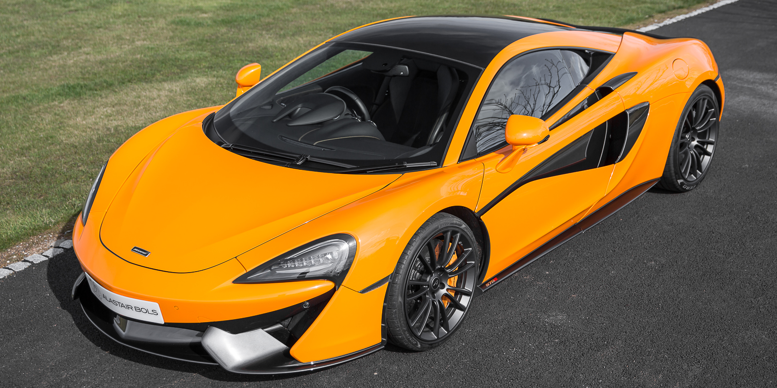 McLaren 570S McL Orange MSO Roof