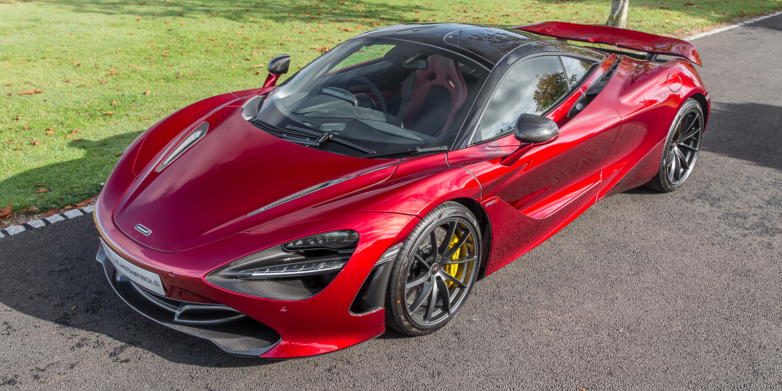 McLaren 720S Performance Volcano Red