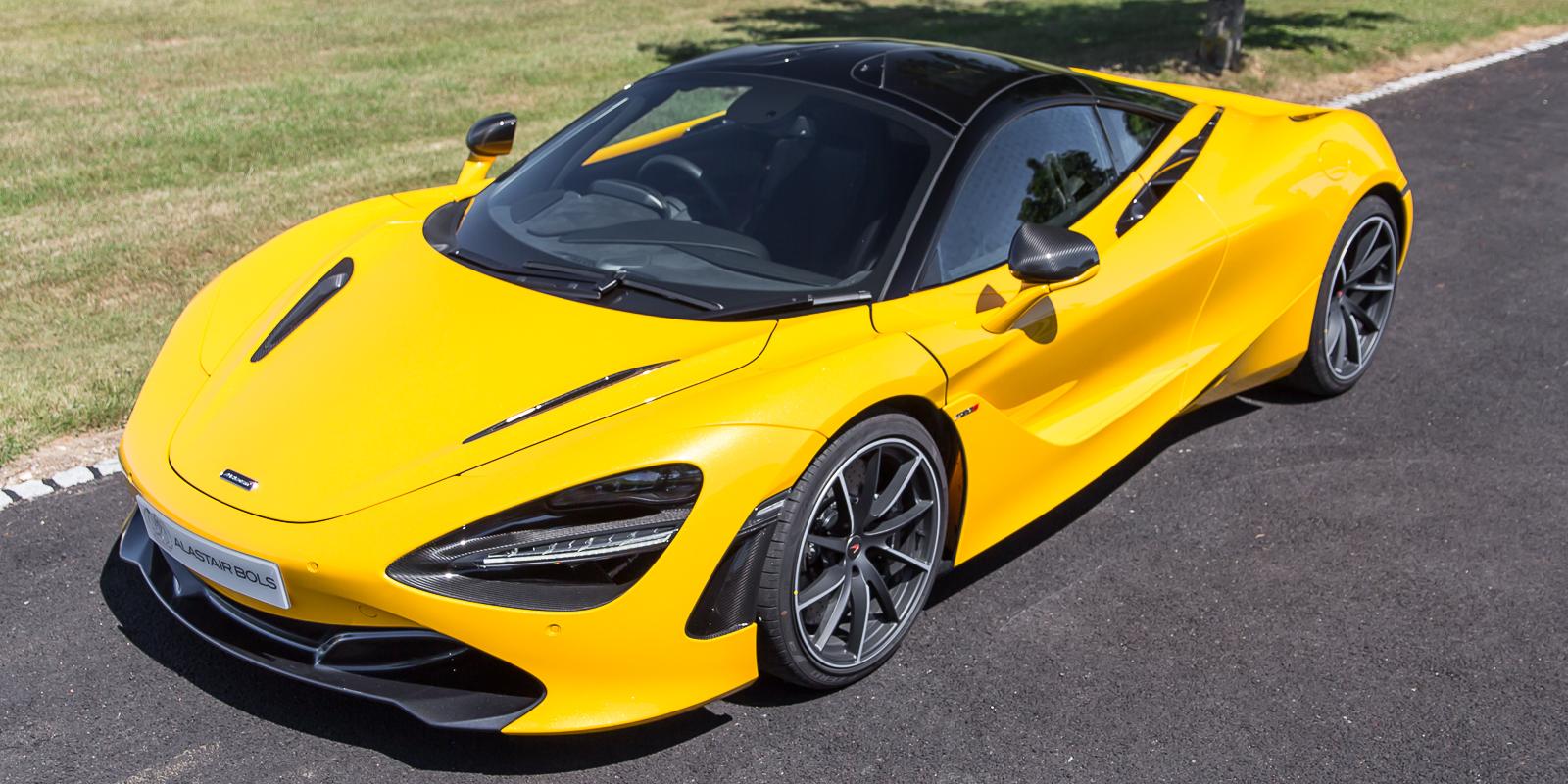 McLaren 720S Performance in Volcano Yellow