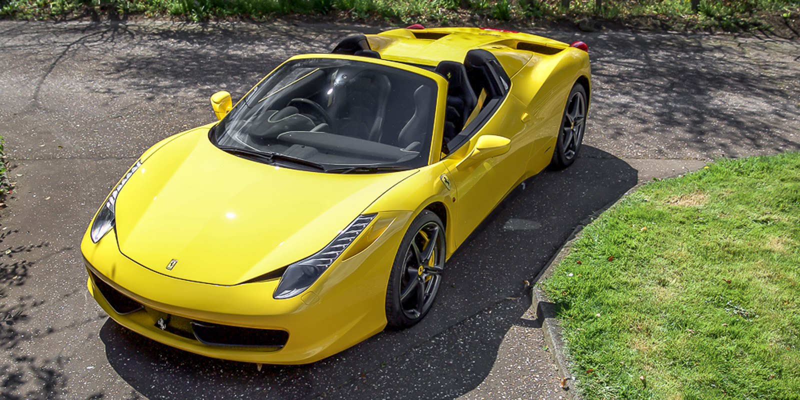 Ferrari F458 Spider Giallo Fly