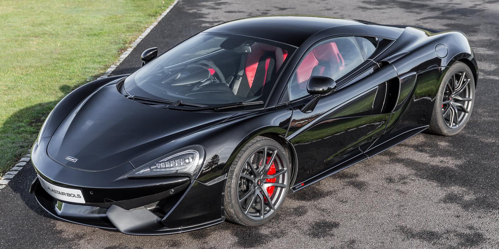 McLaren 570S – Fire Black