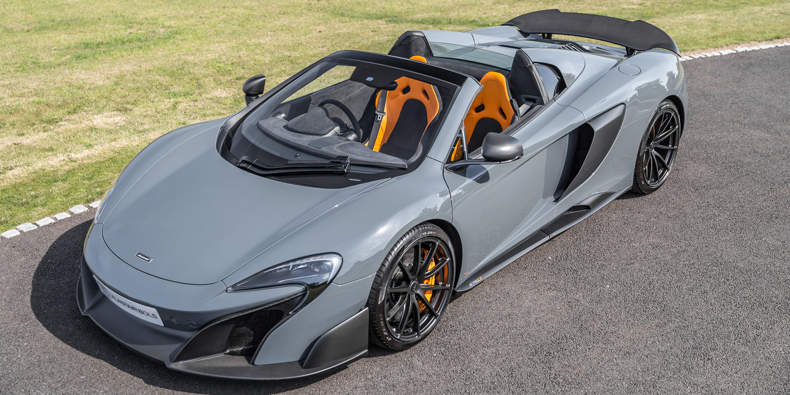 McLaren 675LT Spider – 1owner in Chicane Grey