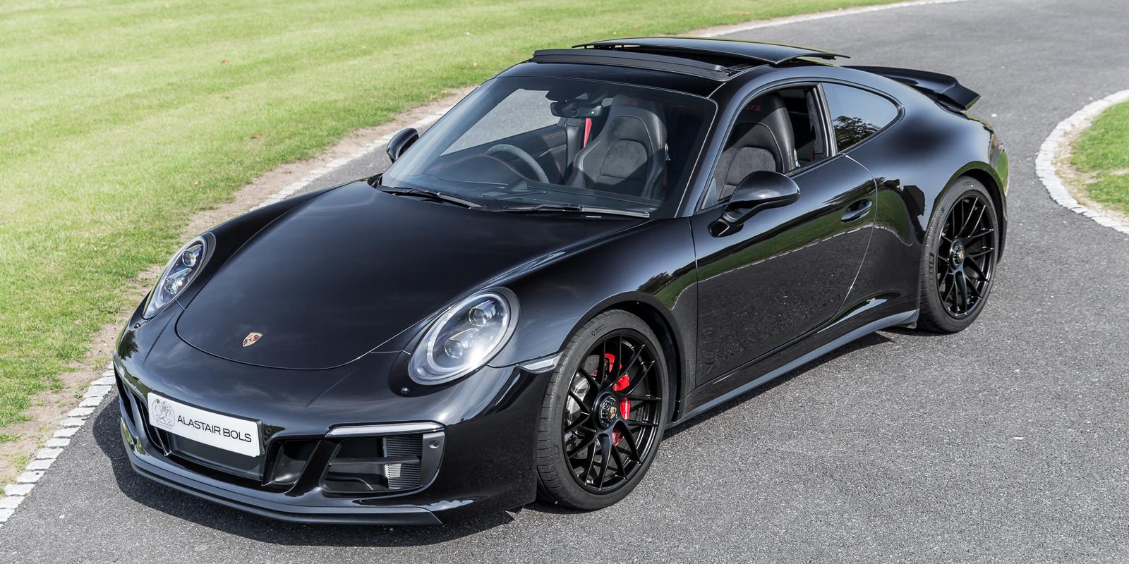 Porsche 991.2 GTS 4S – JET BLACK