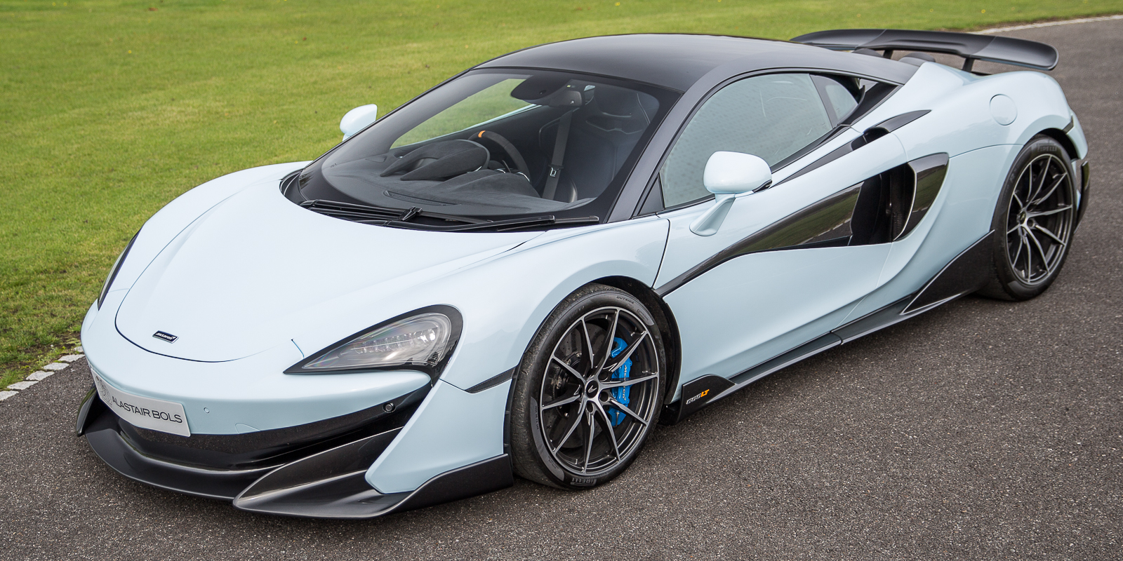 McLaren 600LT CS – Muriwai White